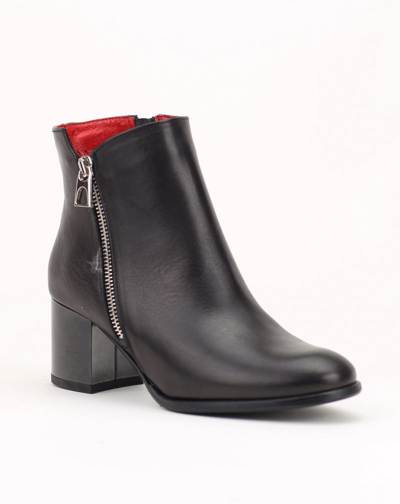2731-167 Ботинки Karino
